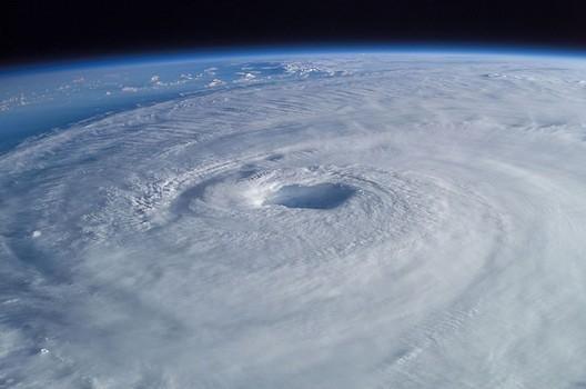 台風21号による人妻デリヘルの営業時間