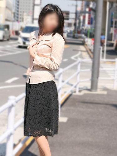 長身モデル系の淫乱熟女 充希01