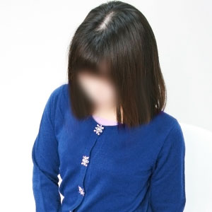 小柄な可愛い熟女ピアニスト【茉祐】300